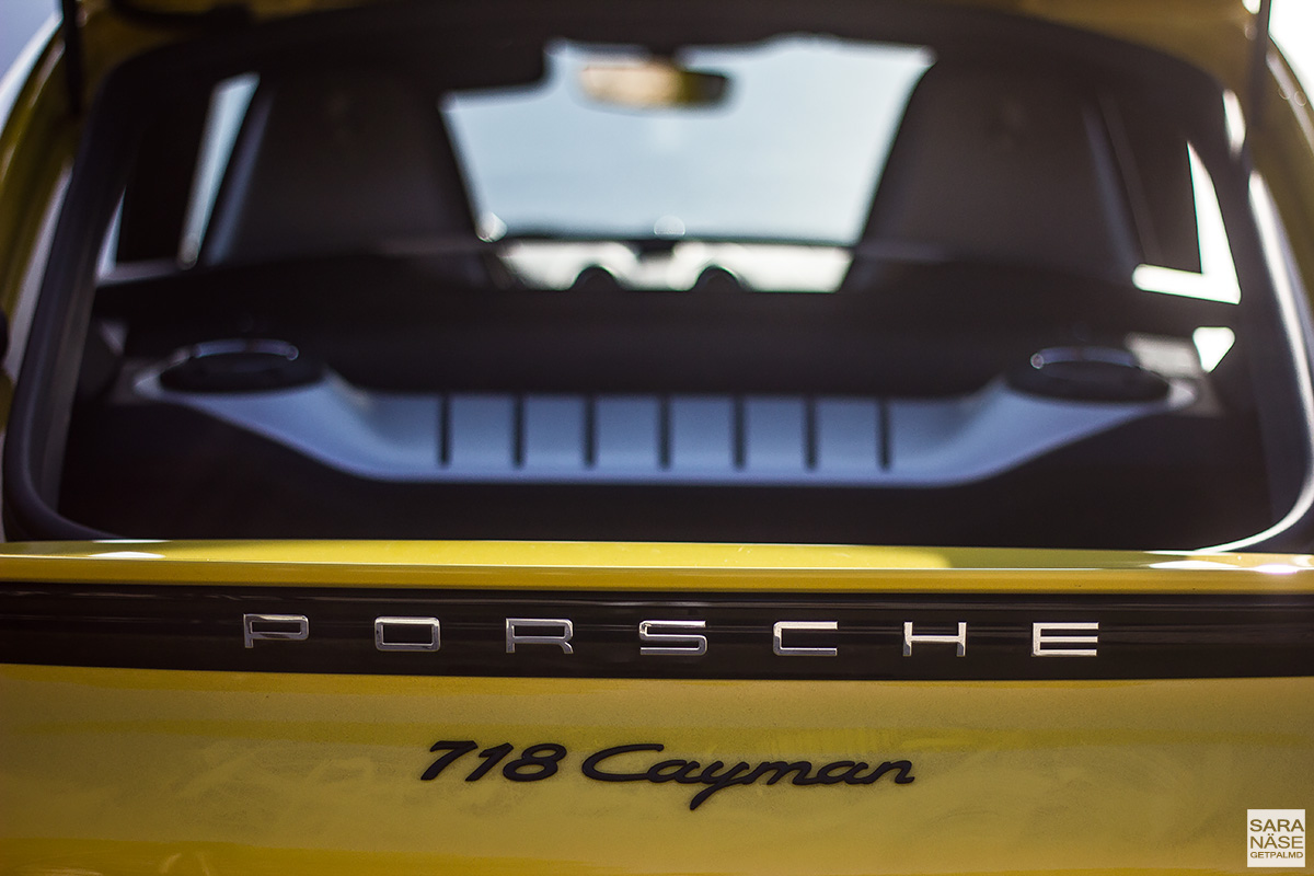 Porsche 718 Cayman - model badge