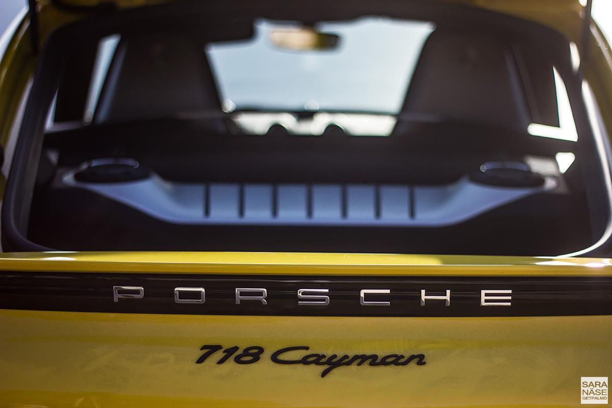 Porsche 718 Cayman - model badge