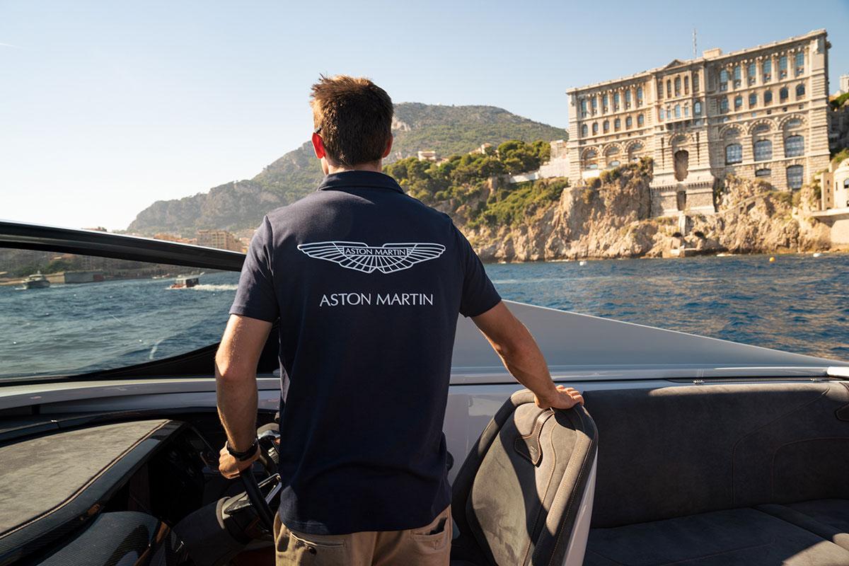 Monaco Yacht Show 2018 - Aston Martin AM37S