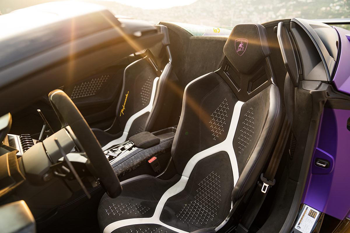 Lamborghini Huracan Performante Spyder - sports seats
