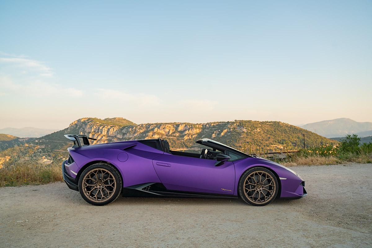 Lamborghini Huracan Performante Spyder - viola nebula matte purple
