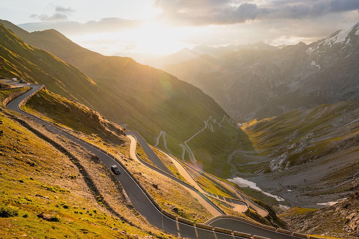 Stelvio Pass - BMW E90 M3 sunrise