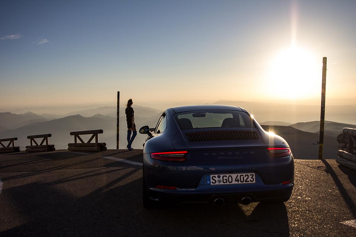 Sara Norris & Porsche 911