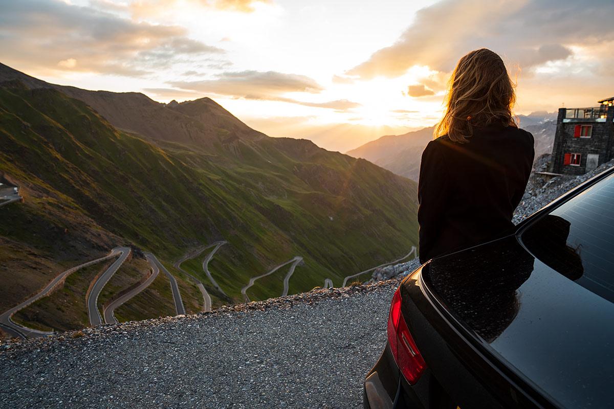 Sara Norris - getpalmd - Stelvio Pass