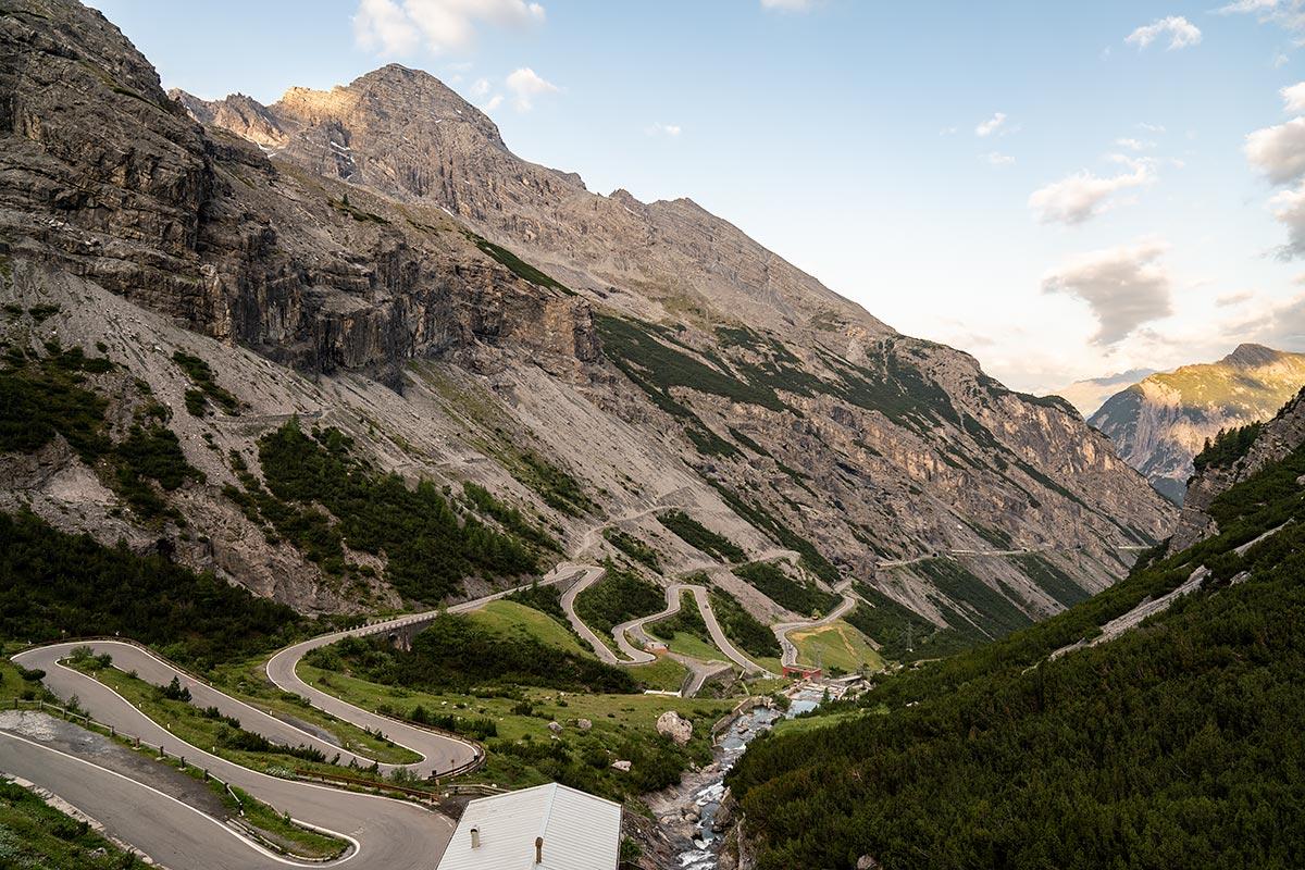 Stelvio Pass - Bormio hairpin corners