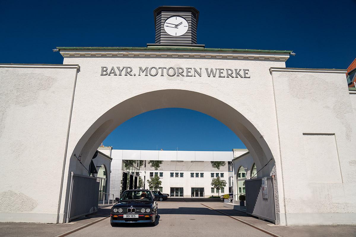 BMW Group Classic - Gatehouse - BMW E30 M3
