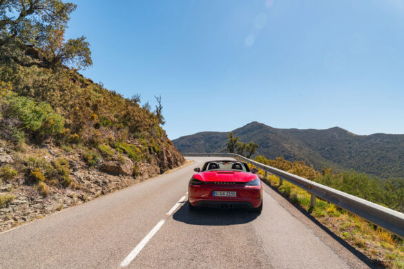Porsche 718 Boxster GTS road trip